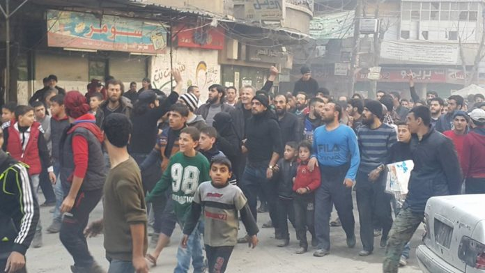 Aleppo-protests-696x392.jpg